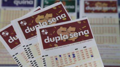 Com quantos números ganha na Dupla Sena?